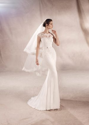 White One Collection Yuriana